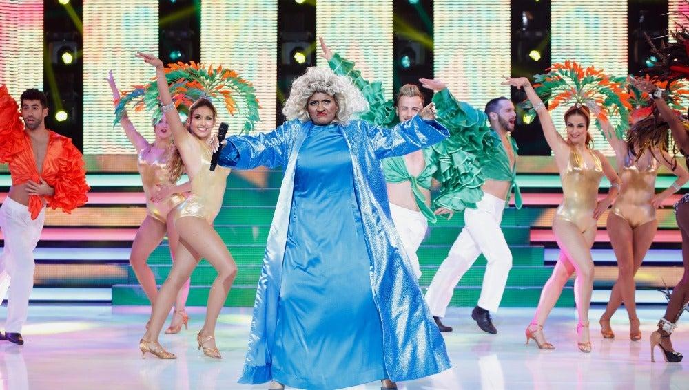 Silvia Abril trae el carnaval a 'Tu cara me suena' con su imitación de Celia Cruz
