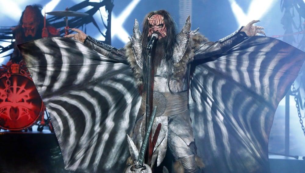 El Sevilla se transforma en un monstruo y asusta al jurado imitando a Lordi