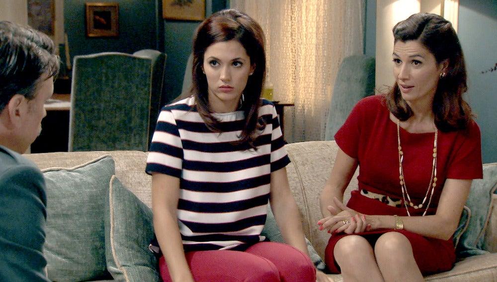 Sofía y Adela reciben la visita de Tomás