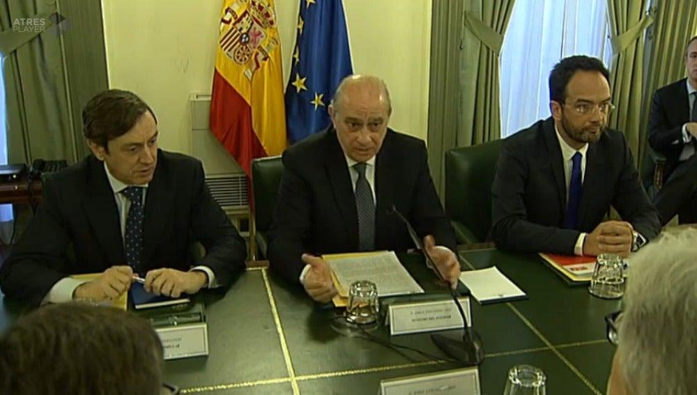 Fernández Díaz con Rafaeal Hernando y Antonio Hernando