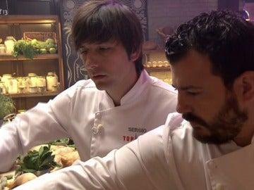 Sergio y Alejandro eligen los ingredientes