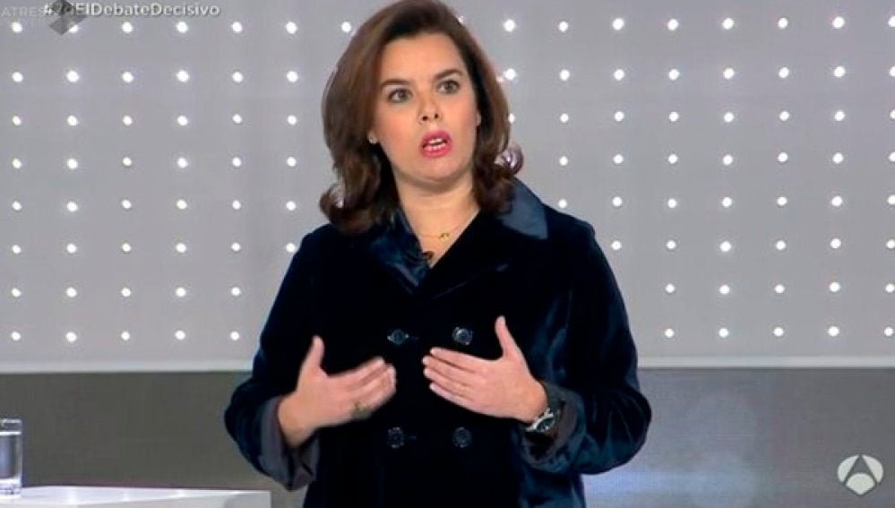 Sáenz de Santamaría, durante el debate