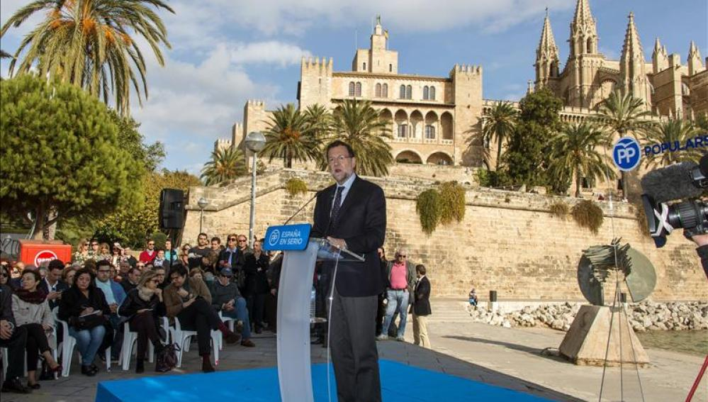 Mariano Rajoy durante un mitin en Palma