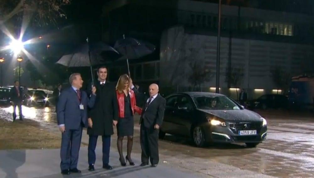 Pedro Sánchez llega a la Academia de la Televisión