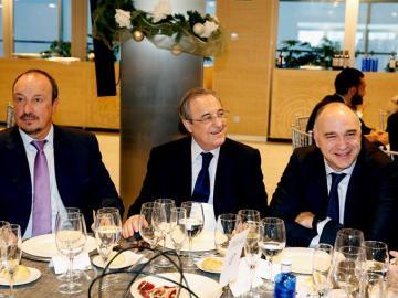 Benítez, Florentino y Laso comparten mesa en la comida de Navidad del Madrid