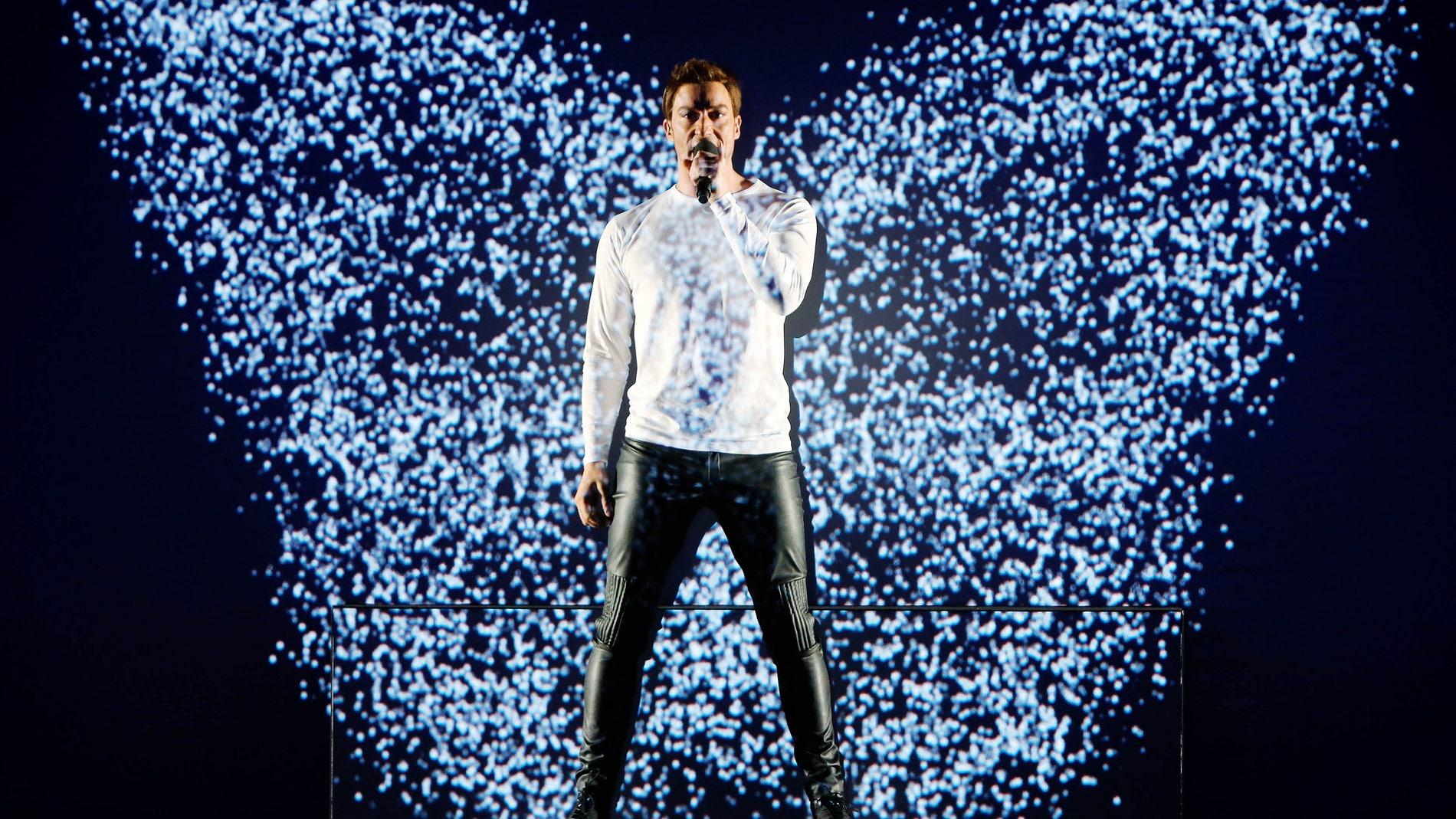 "Pablo Puyol imita a Mans Zemerlöw cantando ""Heroes"""