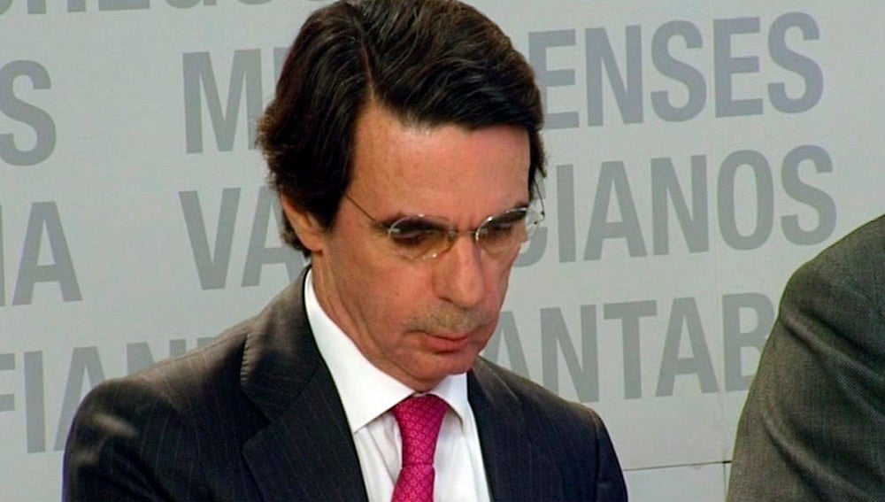 Aznar en la reunión del PP