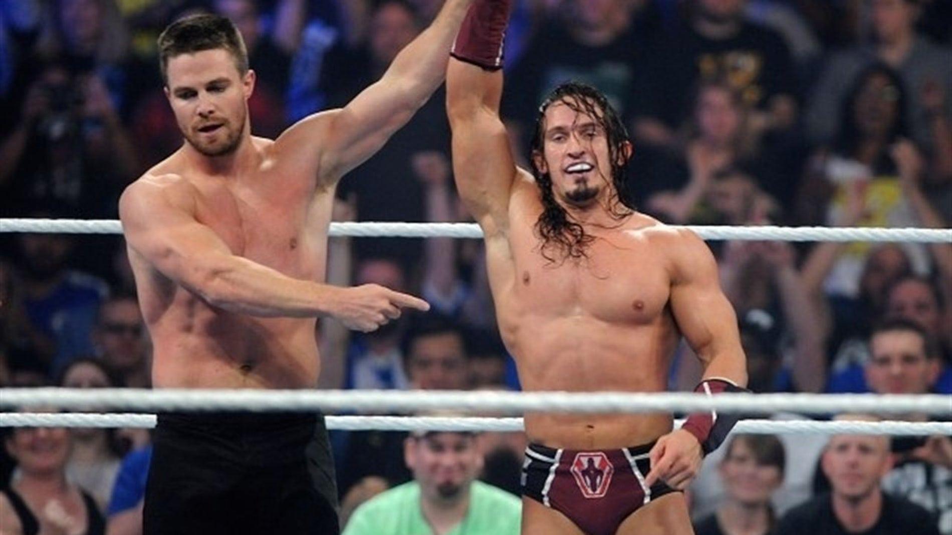 Stephen Amell en WWE