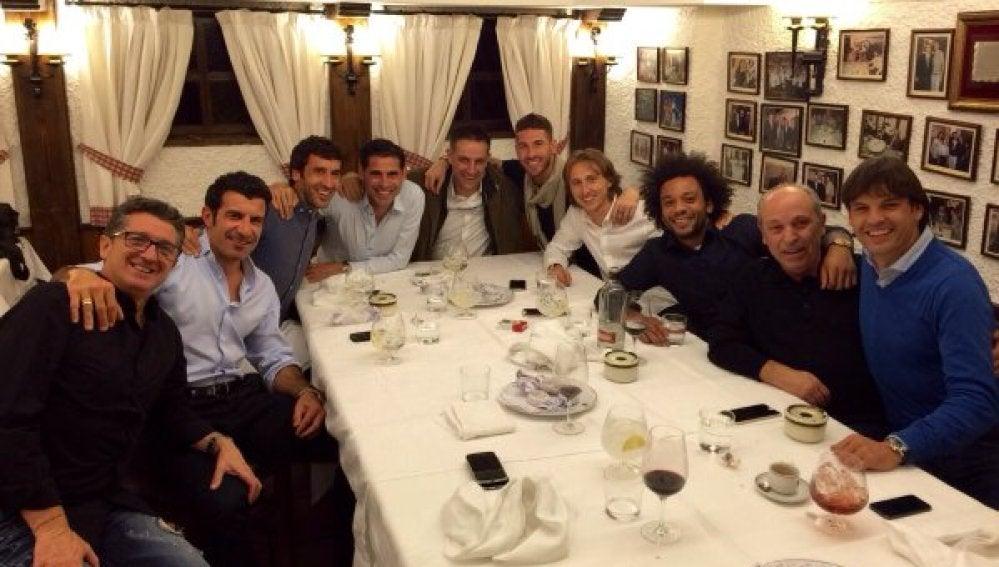 Cena de pasado y presente del Real Madrid en el Txistu