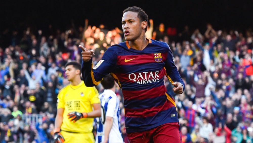 Neymar celebra un gol con el FC Barcelona