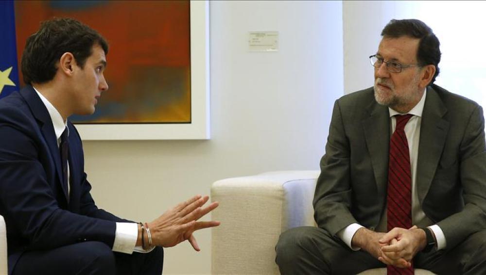 Albert Rivera y Mariano Rajoy durante su encuentro en la Moncloa
