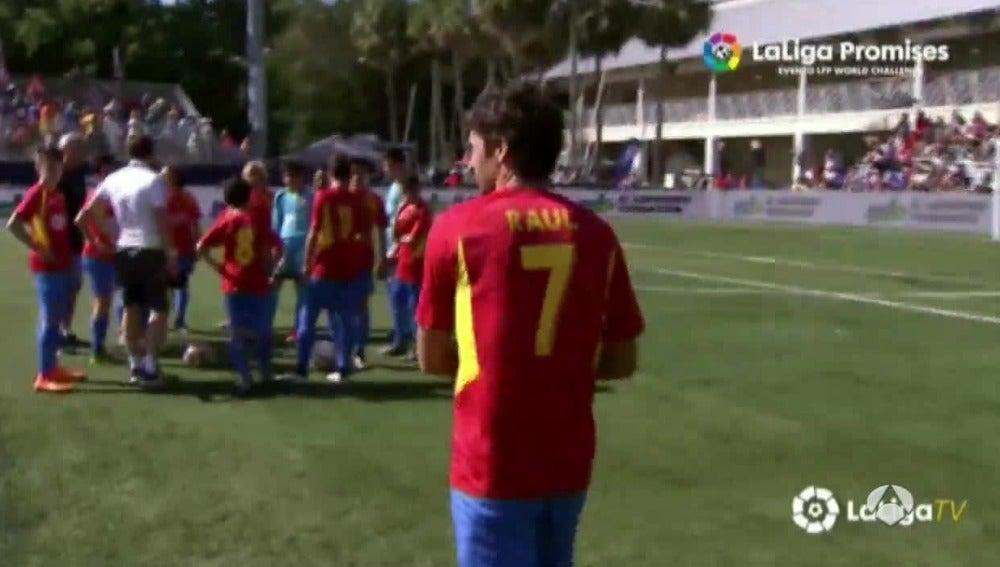 Raul en el partido amistoso de Miami
