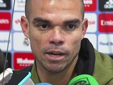 Pepe, hablando con los medios de comunicación