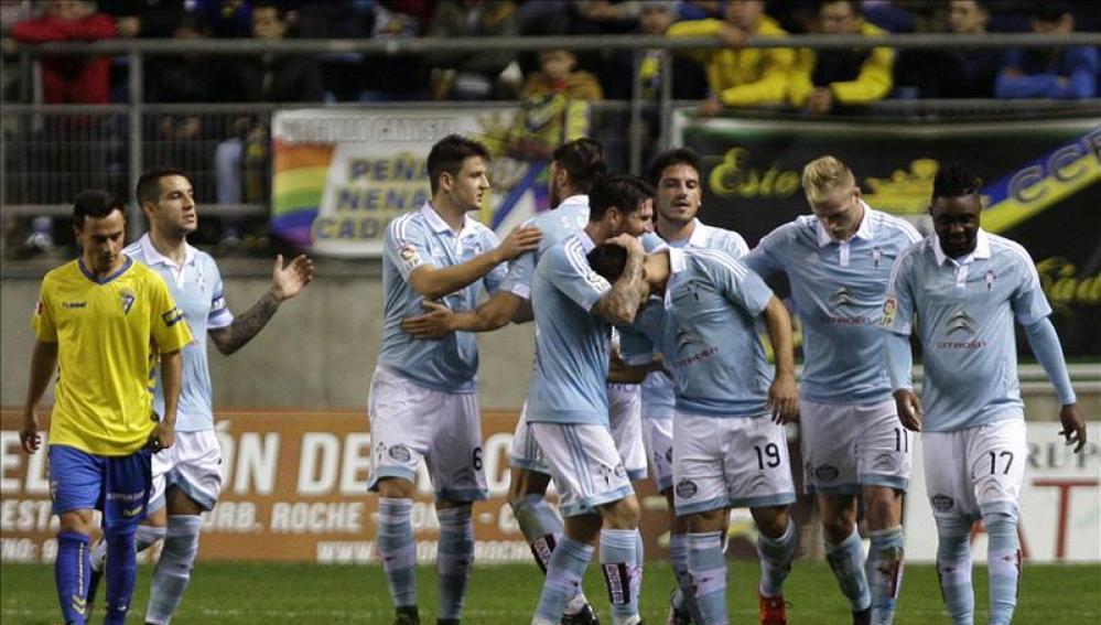 Los jugadores del Celta celebran un gol en el Carranza
