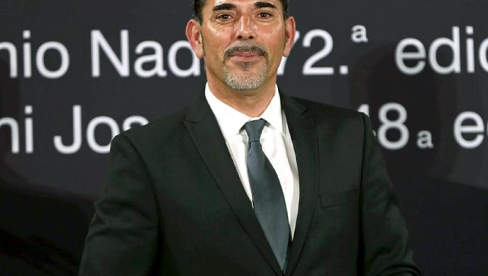 Víctor del Árbol, con el Premio nadal