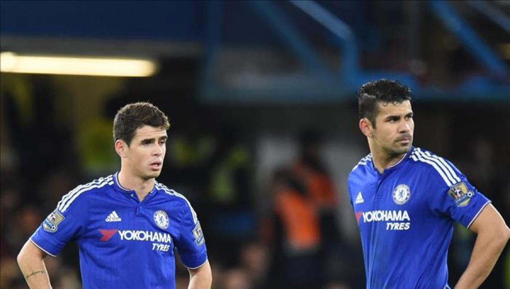 Oscar y Diego Costa en un partido con el Chelsea