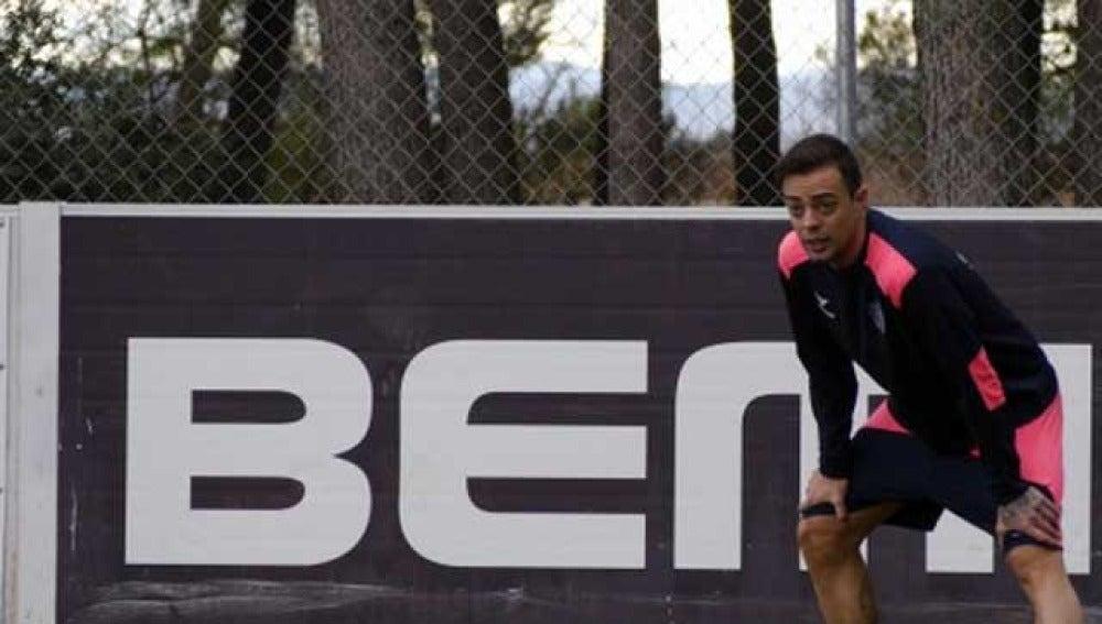 Dani Benítez, durante su único entrenamiento como jugador del Huesca