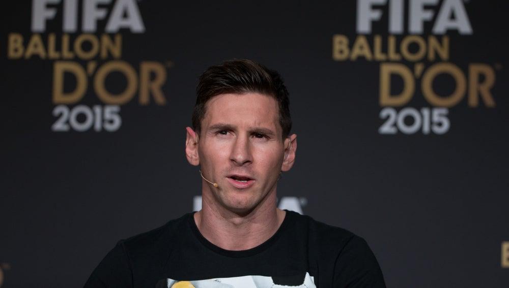 Messi en rueda de prensa antes del Balón de Oro