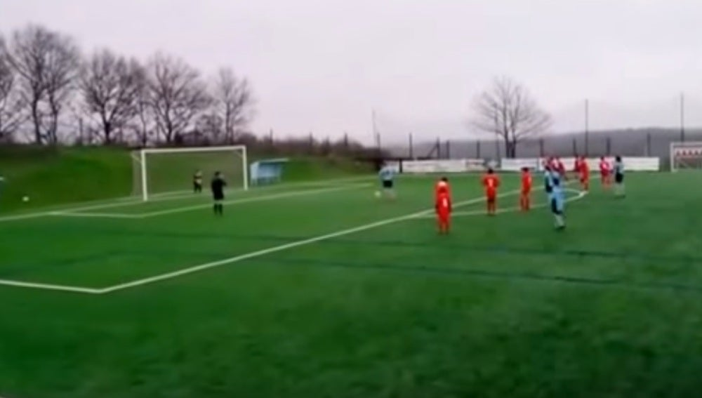 El Antas falla un penalti a propósito