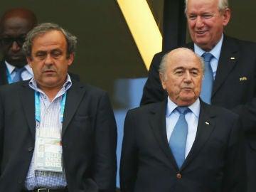Blatter y Platini, en un partido del Mundial de Brasil