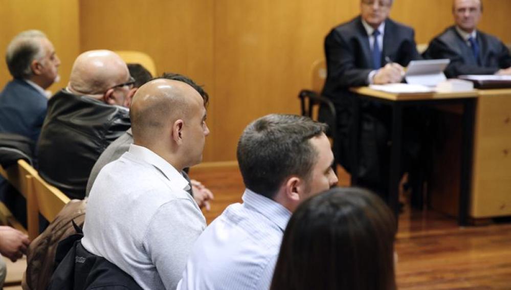 Los quince ultras que asaltaron el centro cultural Blanquerna durante el juicio