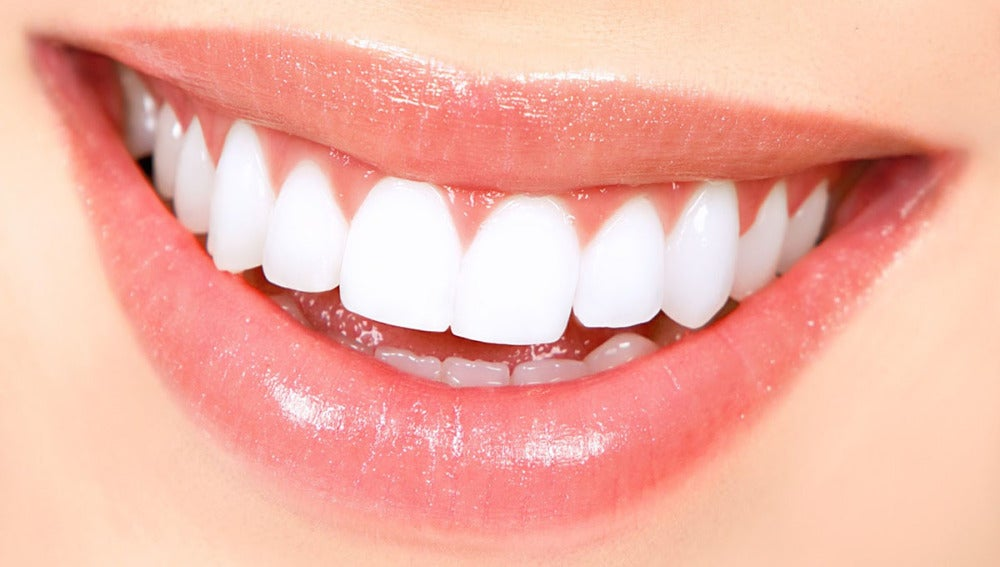 Imagen de la sonrisa de una mujer