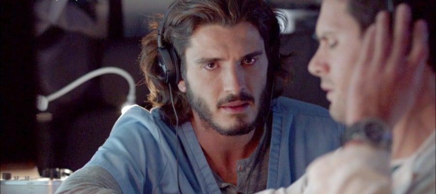 Antena 3 tv audiencias la serie de antena 3 39 bajo - Armario de la tele antena 3 ...