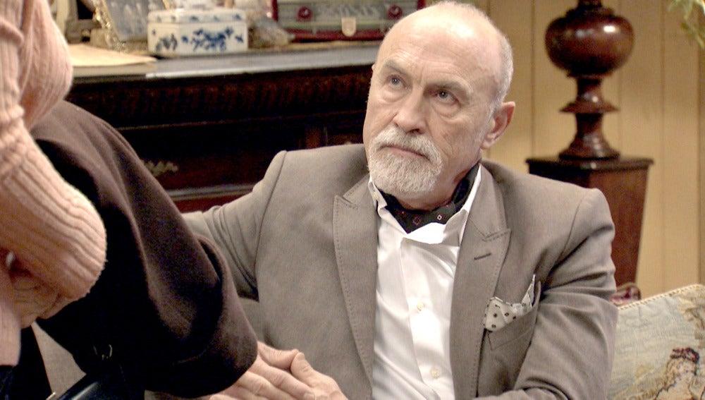Elías Roncero readmite a Pepa en la pensión