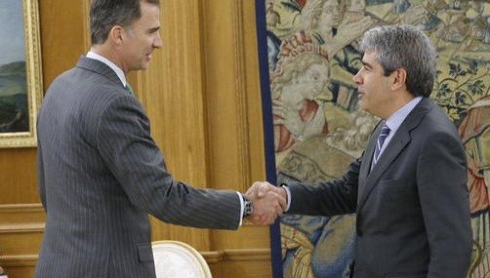 Felipe VI recibe a Homs en Zarzuela