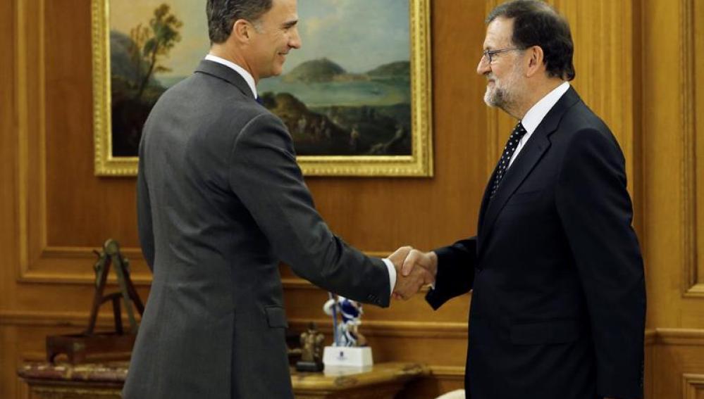 Rajoy se reúne con el Rey