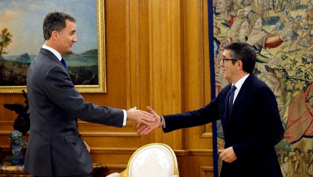 Felipe VI recibe a Patxi López
