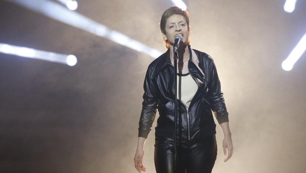 Ruth Lorenzo, una auténtica 'héroe' imitando a David Bowie