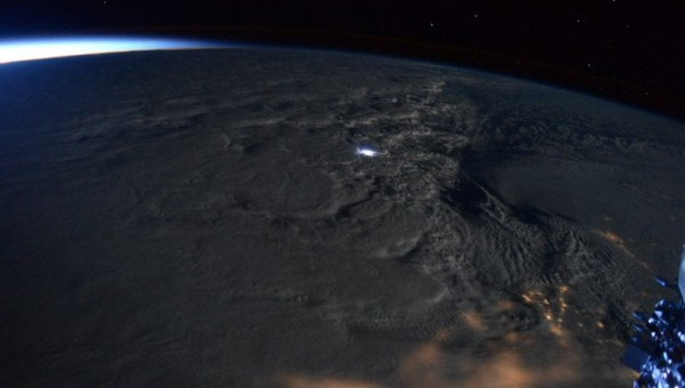 Tormenta de nieve en la costa este de EEUU desde el espacio