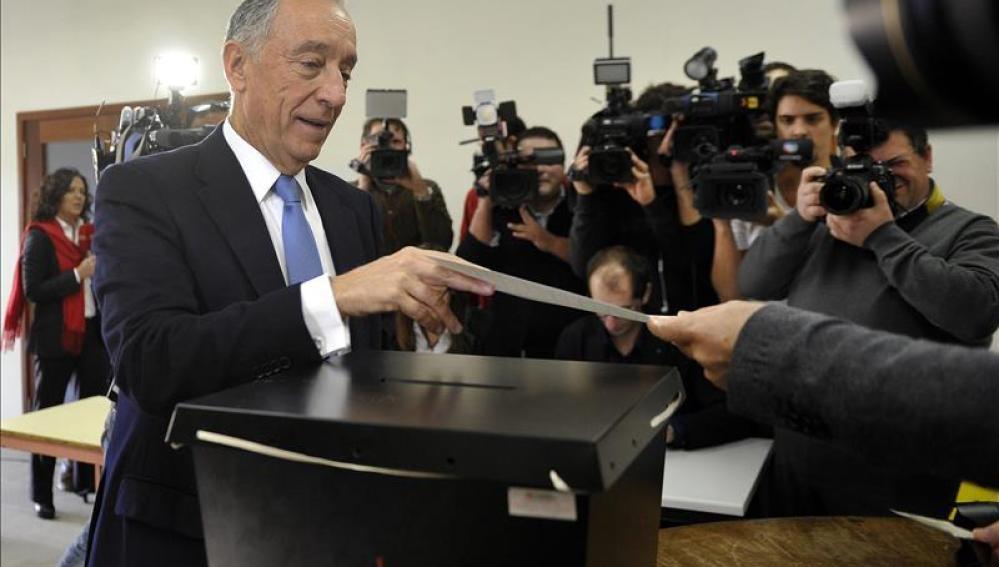 Rebelo de Sousa, nuevo presidente de Portugal