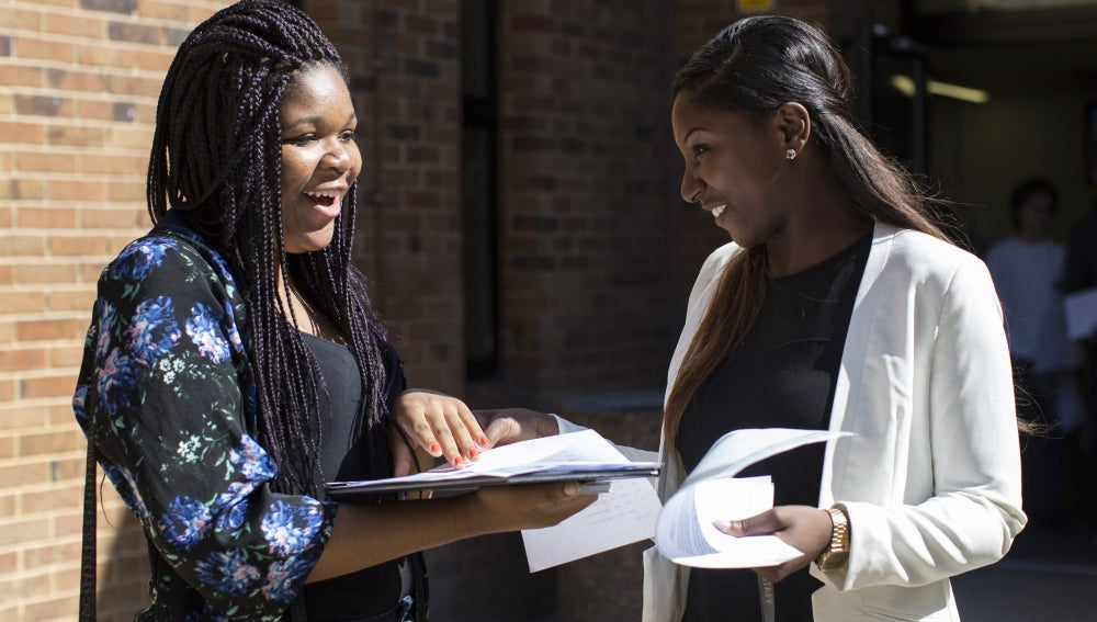 Estudiantes afroamericanas