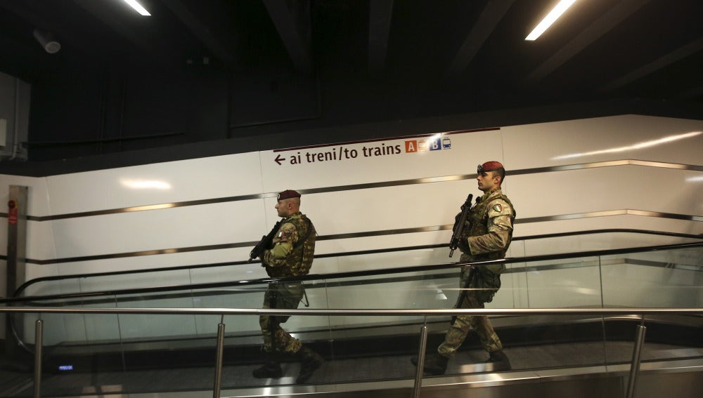 Seguridad en la estación de Termini en Roma