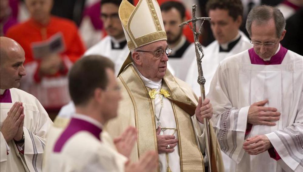 El Papa Francisco en la celebración de las Vísperas en San Pablo Extramuros en Roma