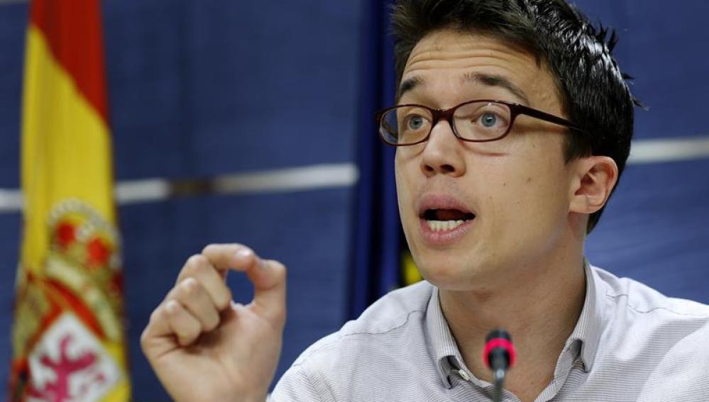 Íñigo Errejón en rueda de prensa tras a la reunión de la Junta de Portavoces