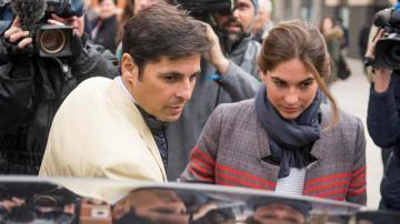 Francisco Rivera acompañado por su esposa, Lourdes Montes