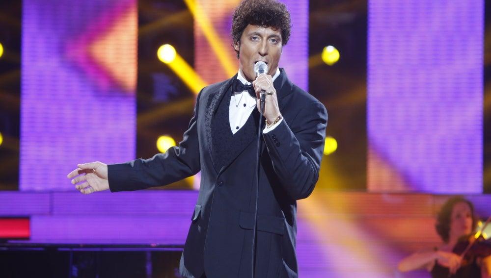 Pablo Puyol imita a Tom Jones y canta 'Delilah'