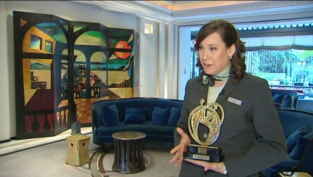La ganadora del concurso a la mejor recepcionista  es española