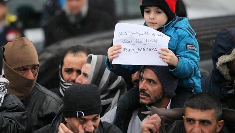 Protesta por la crisis humanitaria en Madaya