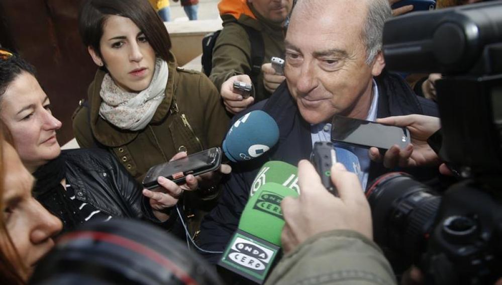 Alfonso Novo a su llegada a los juzgados
