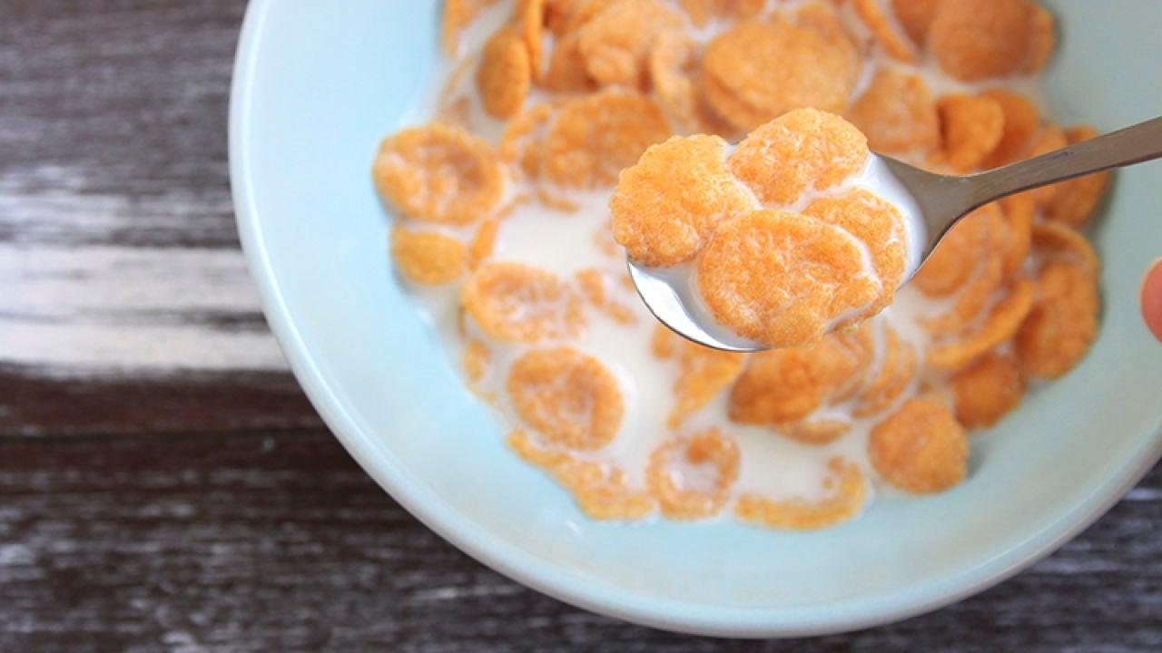 cenar leche para adelgazar