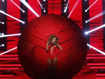 Actuación de Lorena Gómez