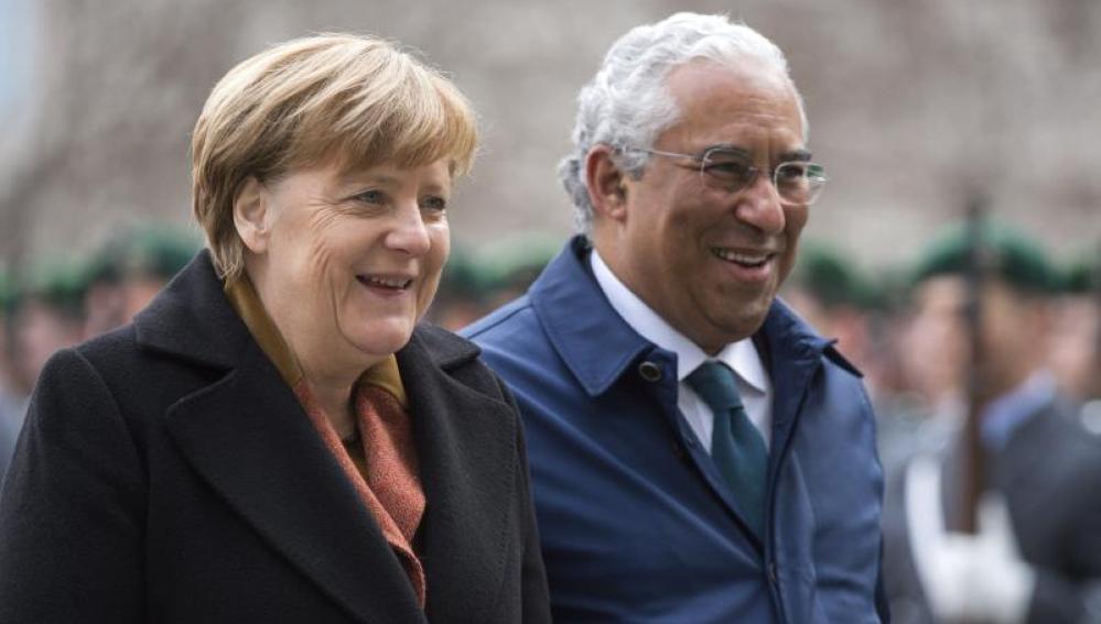 La canciller alemana, Angela Merkel ,y el primer ministro de Portugal, António Costa
