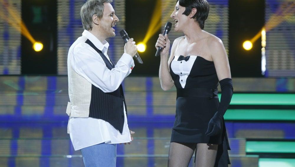 Juanra Bonet y David Fernández cantan 'Como un lobo'