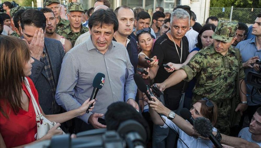 El ministro serbio de Defensa destituido, Bratislav Gasic