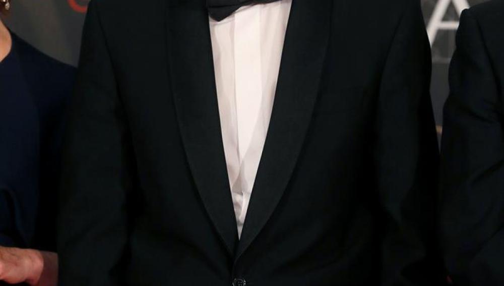 Pablo Iglesias explica que vestir esmoquin es un gesto hacia el cine español