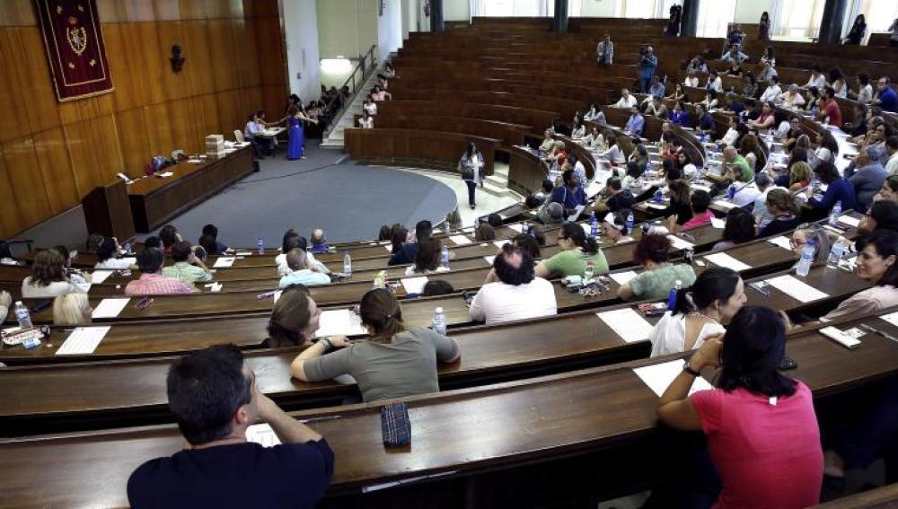 34.253 titulados del área de Ciencias de la Salud se han presentado al examen